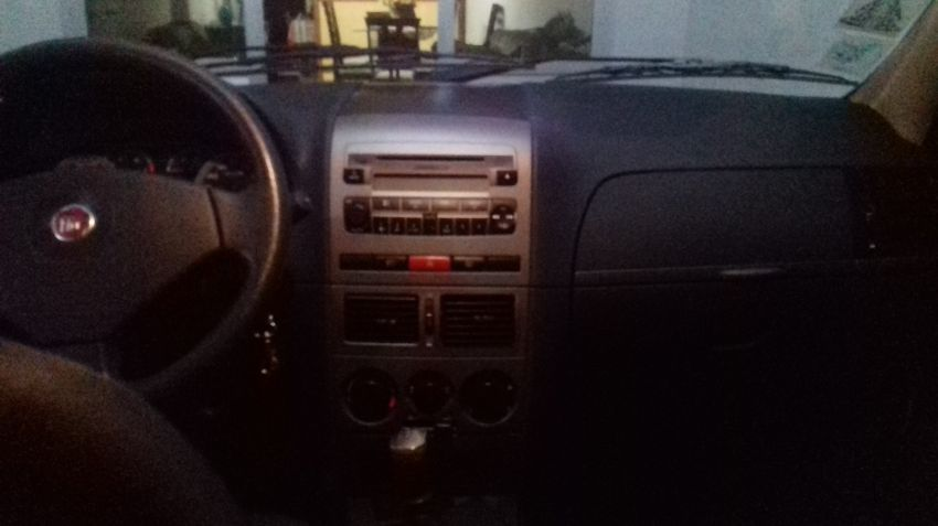Fiat Siena EL 1.6 MPi 16V - Foto #2