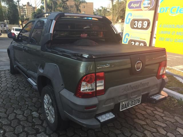 Fiat Strada Adventure Locker 1.8 8V (Flex) (Cab Dupla) - Foto #6