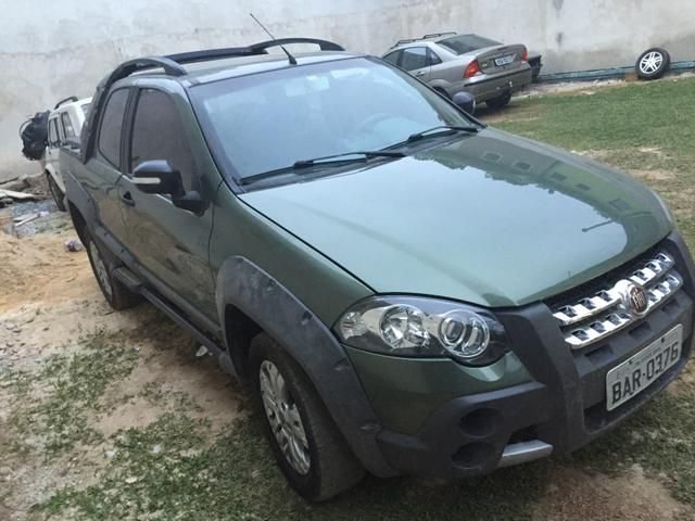 Fiat Strada Adventure Locker 1.8 8V (Flex) (Cab Dupla) - Foto #7