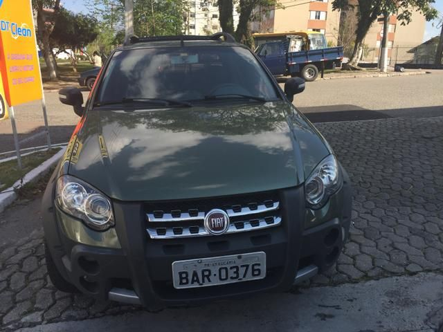 Fiat Strada Adventure Locker 1.8 8V (Flex) (Cab Dupla) - Foto #8