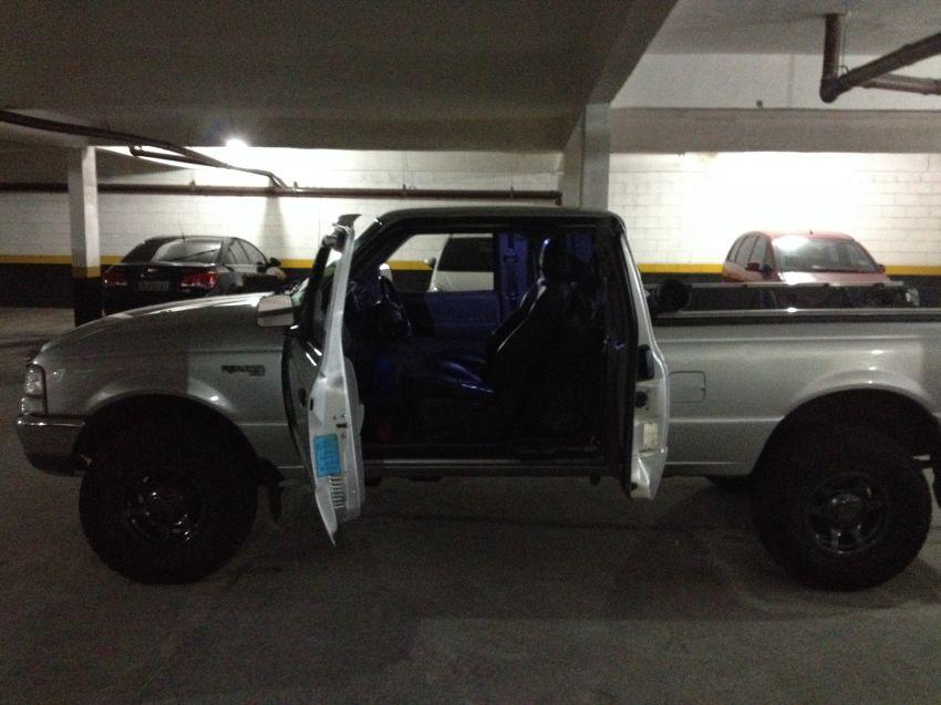 Ford Ranger XL 4x4 2.5 Turbo (Cab Estendida) - Foto #3