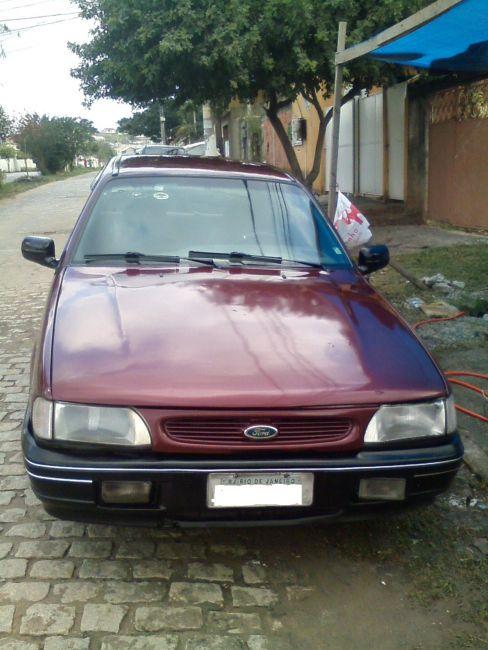 Ford Versailles GL 1.8 i - Foto #1