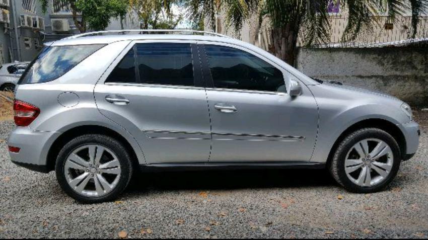 Mercedes-Benz ML 350 3.5 V6 - Foto #1