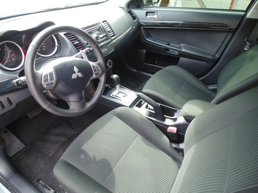 Mitsubishi Lancer 2.0 16V CVT (aut) - Foto #6
