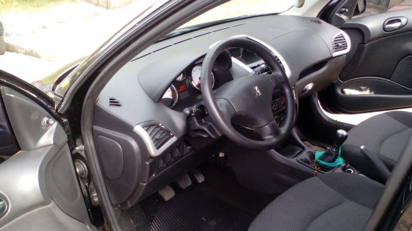 Peugeot 207 SW XR 1.4 8V (flex) - Foto #4
