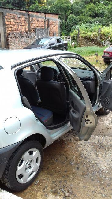 Renault Clio Hatch RL 1.0 8V - Foto #2