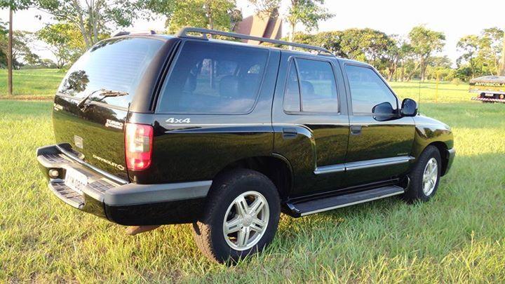 Chevrolet Blazer Executive 4x4 2.8 Turbo - Foto #2