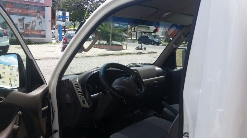 Hyundai HR HD 2.5 TCI (Cab Curta) - Foto #5