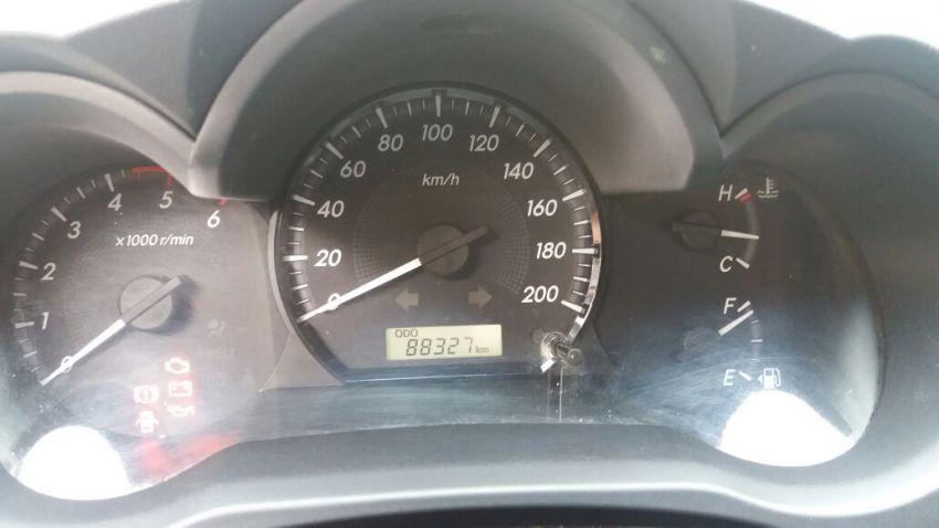 Toyota Hilux 3.0 TDI 4x4 CS STD - Foto #2