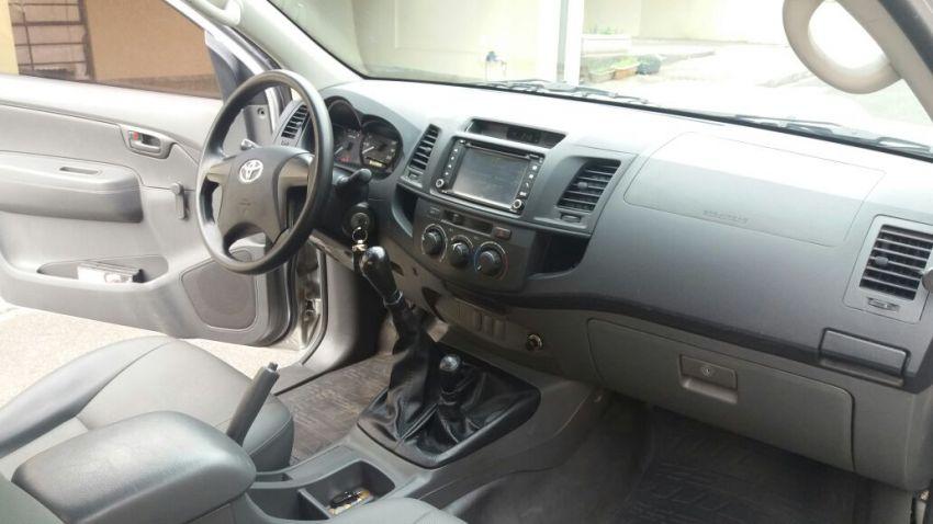 Toyota Hilux 3.0 TDI 4x4 CS STD - Foto #3