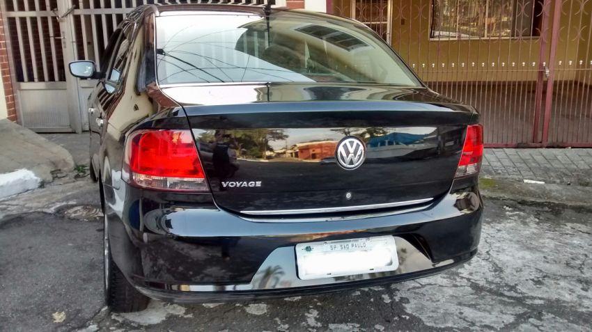 Volkswagen Voyage 1.0 MPI Trendline (Flex) - Foto #7