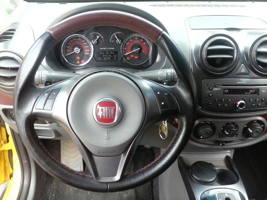 Fiat Palio Essence 1.6 16V Dualogic (Flex) - Foto #6