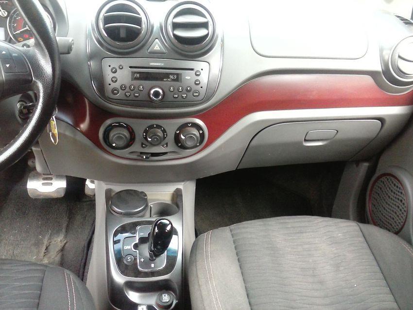 Fiat Palio Essence 1.6 16V Dualogic (Flex) - Foto #8