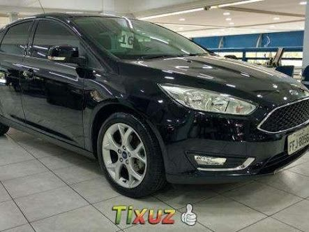 Ford Focus Hatch 1.8 16V - Foto #3