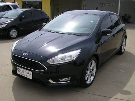 Ford Focus Hatch 1.8 16V - Foto #4