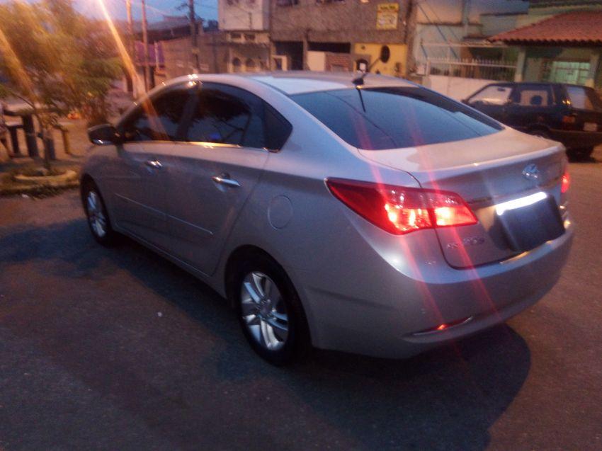 Hyundai HB20 1.6 S Premium (Aut) - Foto #2