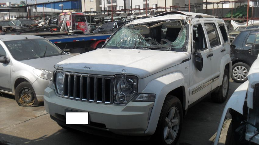 Jeep Cherokee Limited 3.7 V6 - Foto #2