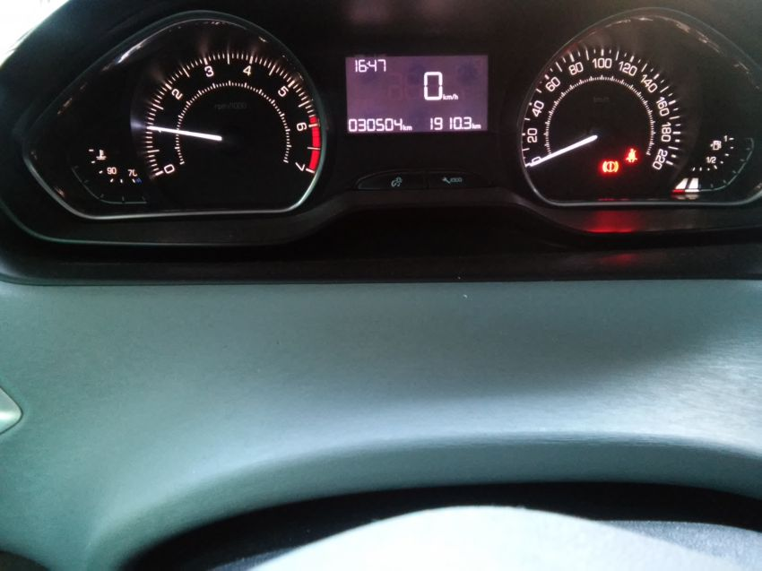 Peugeot 208 1.5 8V Allure (Flex) - Foto #3