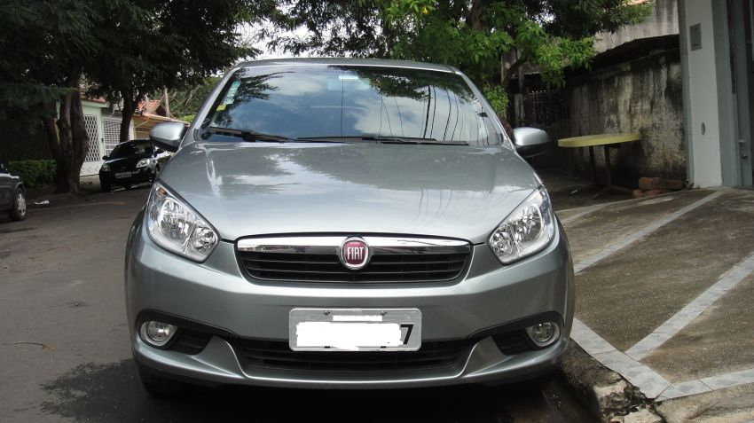 Fiat Grand Siena Attractive 1.4 8V (Flex) - Foto #1