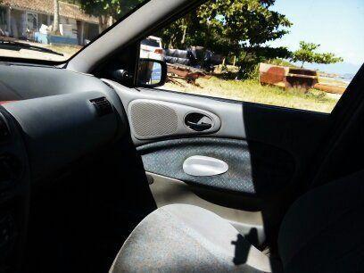 Ford Escort SW GL 1.8 MPi 16V - Foto #4