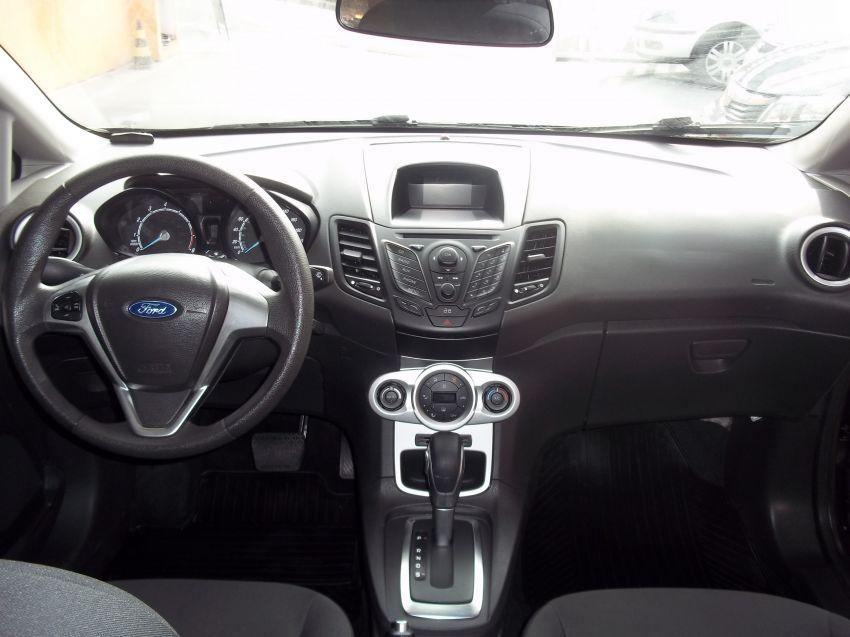 Ford New Fiesta 1.6 SE PowerShift - Foto #8