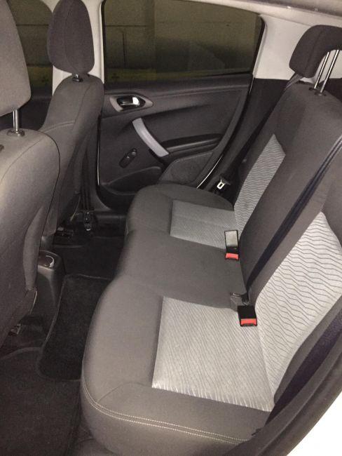 Peugeot 208 1.5 8V Allure (Flex) - Foto #8