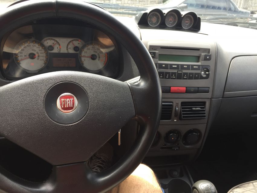 Fiat Palio Weekend Adventure Locker 1.8 8V (Flex) - Foto #8