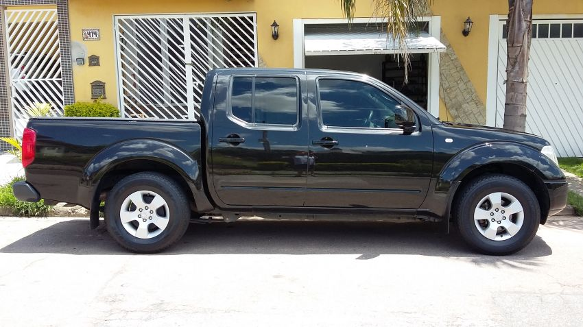 Nissan Frontier XE 4x2 2.5 16V (cab. dupla) - Foto #5