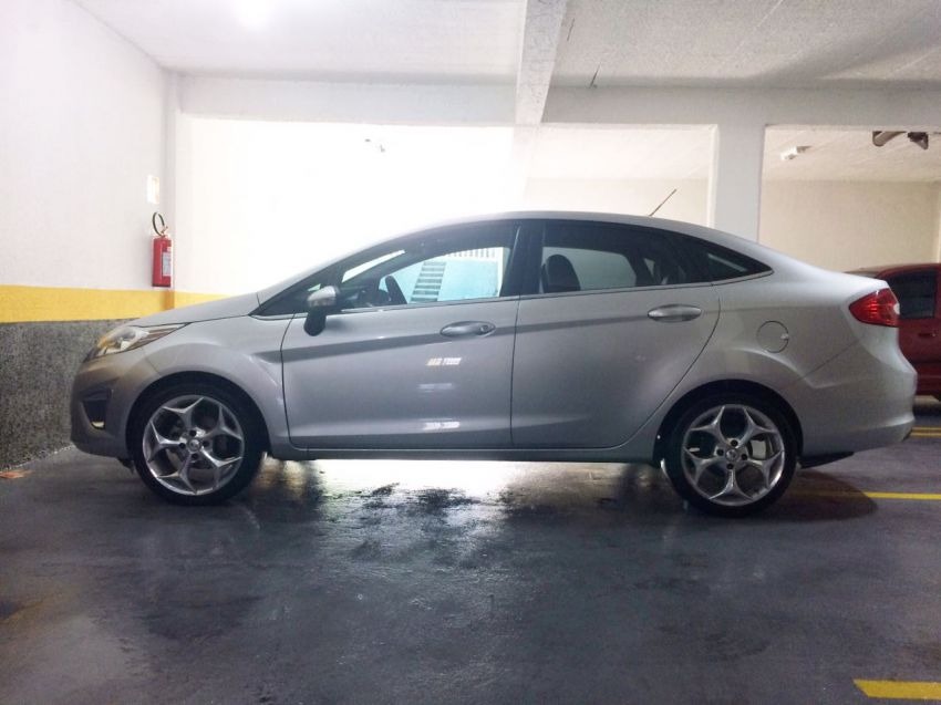 Ford New Fiesta Sedan 1.6 SE - Foto #4