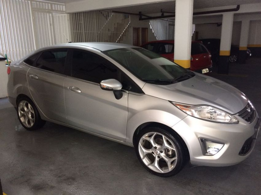 Ford New Fiesta Sedan 1.6 SE - Foto #6