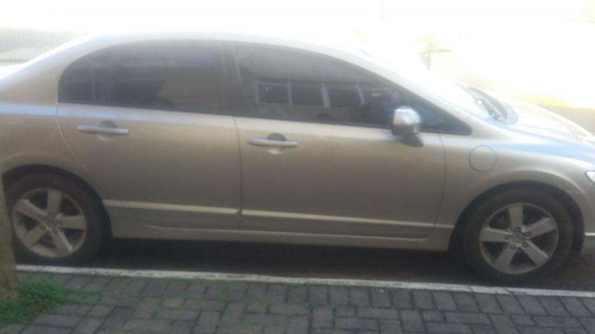 Honda Civic Sedan LXS 1.8 - Foto #3