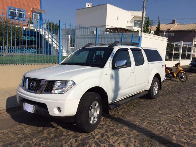 Nissan Pick Up D 22 Frontier 4x4 2.5 (cab.dupla) - Foto #2
