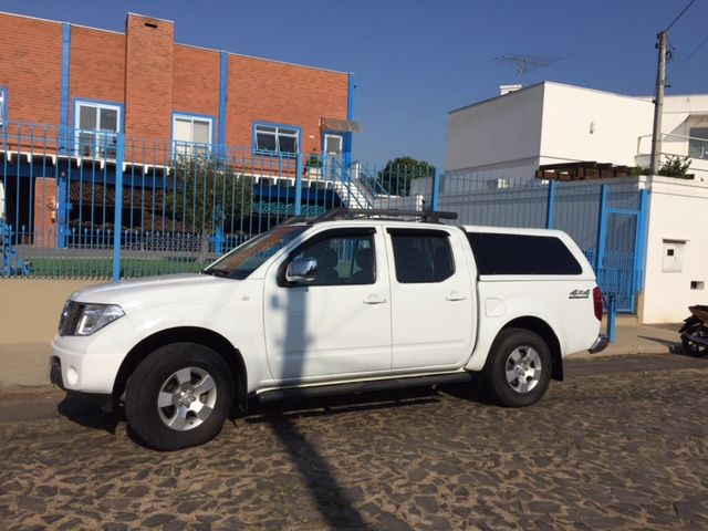 Nissan Pick Up D 22 Frontier 4x4 2.5 (cab.dupla) - Foto #3