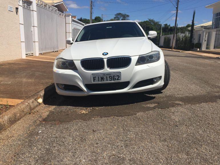 BMW 320ia 2.0 16V - Foto #2