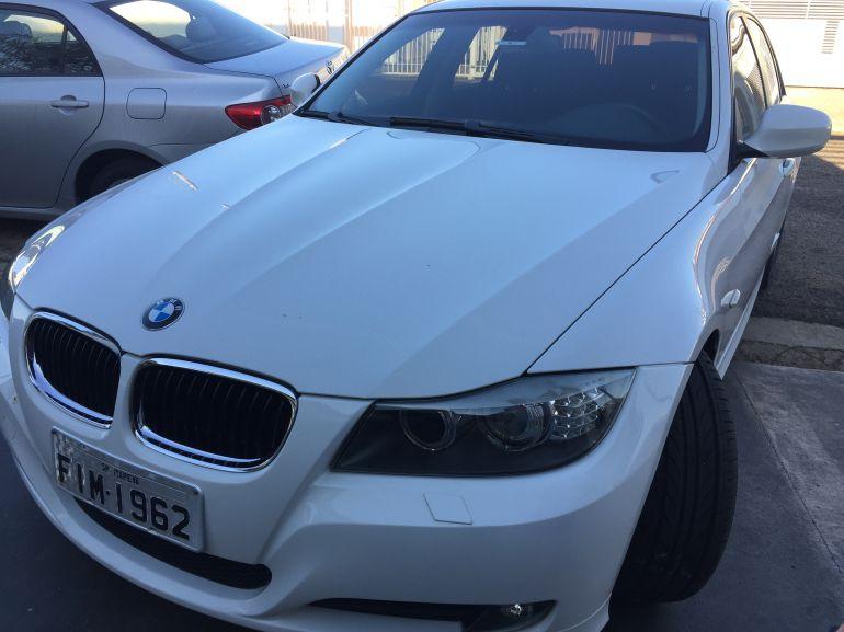 BMW 320ia 2.0 16V - Foto #4