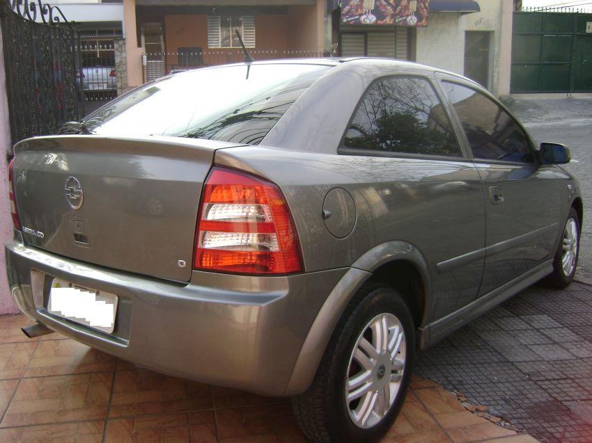 Chevrolet Astra Hatch 2.0 8V 2p - Foto #2