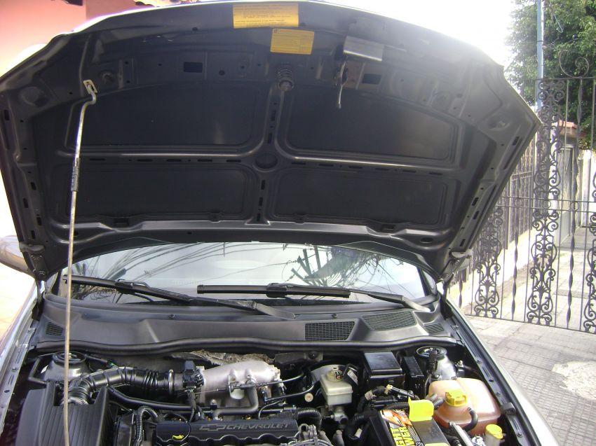 Chevrolet Astra Hatch 2.0 8V 2p - Foto #8