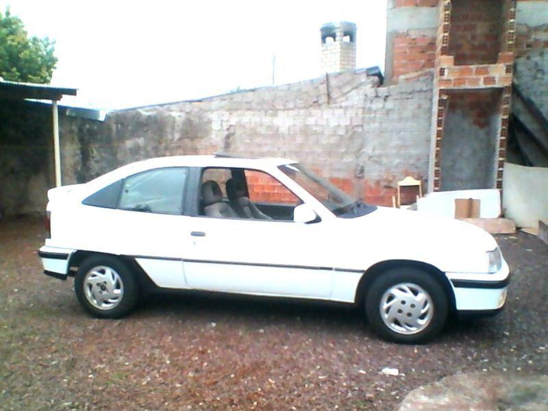 Chevrolet Kadett Hatch GSi 2.0 MPFi - Foto #7