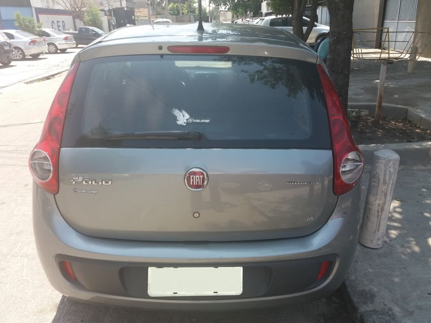 Fiat Palio Attractive 1.4 8V (Flex) - Foto #7