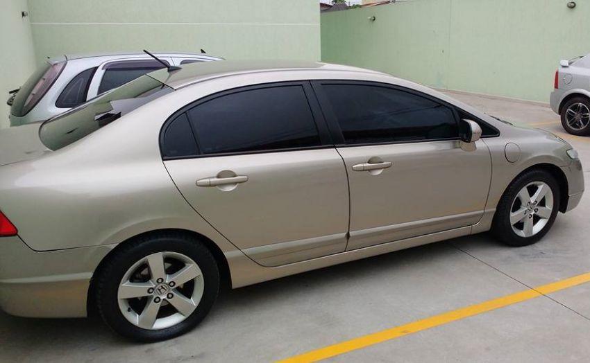 Honda New Civic LXS 1.8 16V (flex) - Foto #2