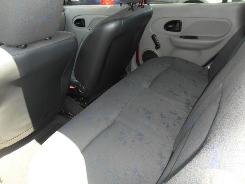 Renault Clio Hatch. Authentique 1.0 16V - Foto #3