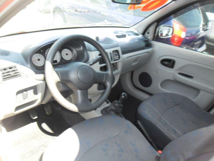 Renault Clio Hatch. Authentique 1.0 16V - Foto #6