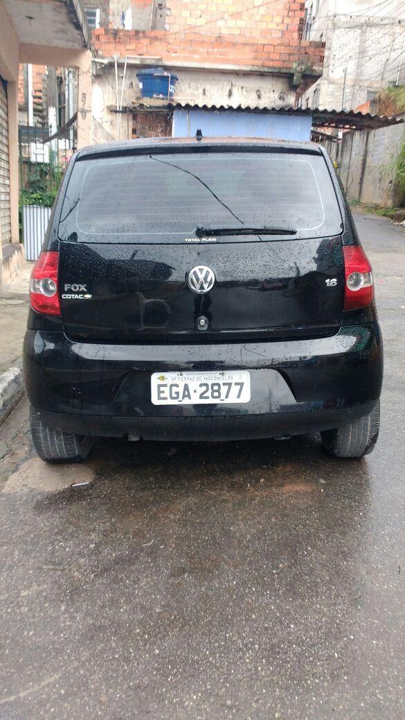 Volkswagen Fox Plus 1.6 8V (Flex) 4p - Foto #4