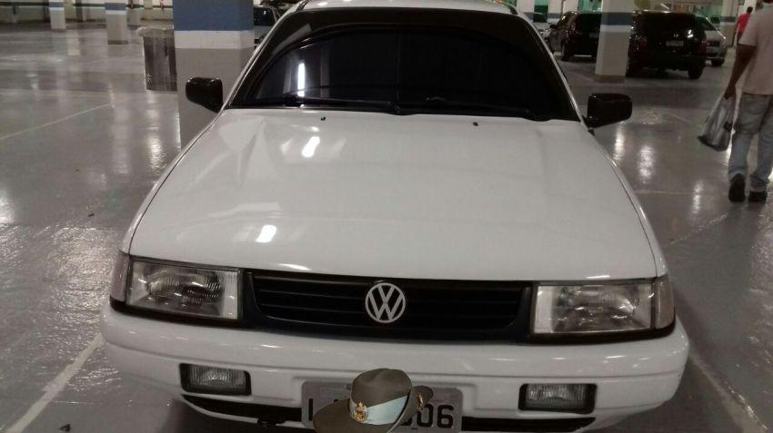 Volkswagen Santana GLS 1.8 - Foto #2