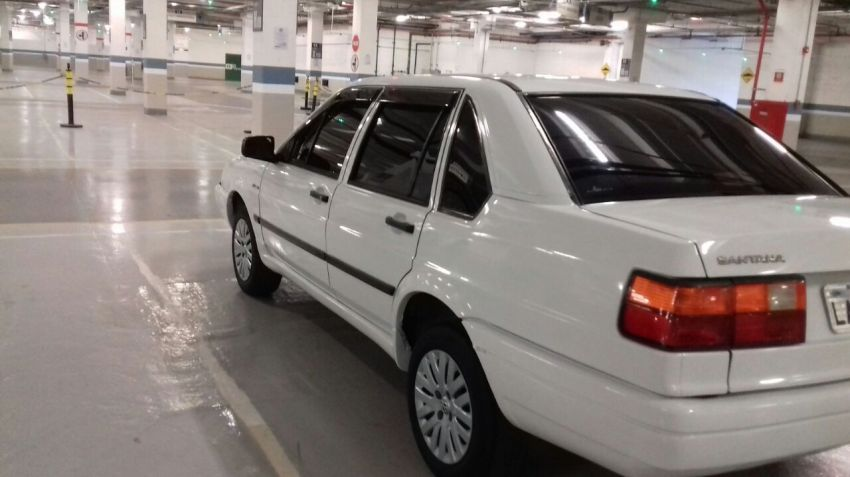 Volkswagen Santana GLS 1.8 - Foto #4