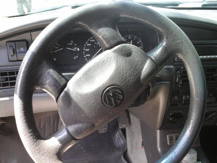Volkswagen Santana GLS 1.8 - Foto #6