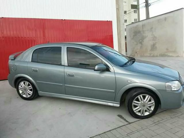 Chevrolet Astra Hatch CD 2.0 8V (Aut) - Foto #1