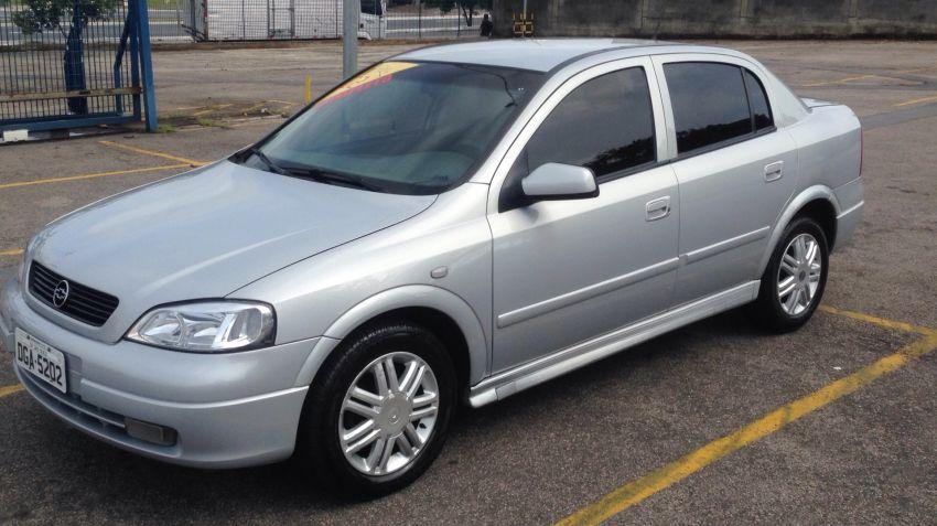 Chevrolet Astra Sedan CD 2.0 8V (Aut) - Foto #5
