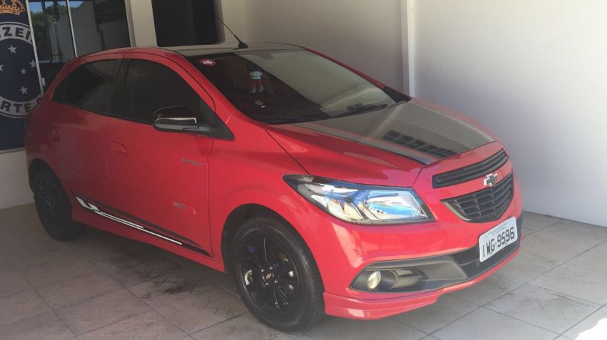 Chevrolet Onix 1.4 Effect (Flex) - Foto #1
