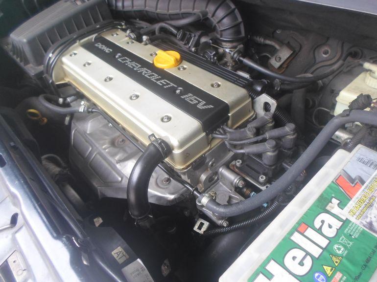 Chevrolet Zafira 2.0 16V - Foto #1